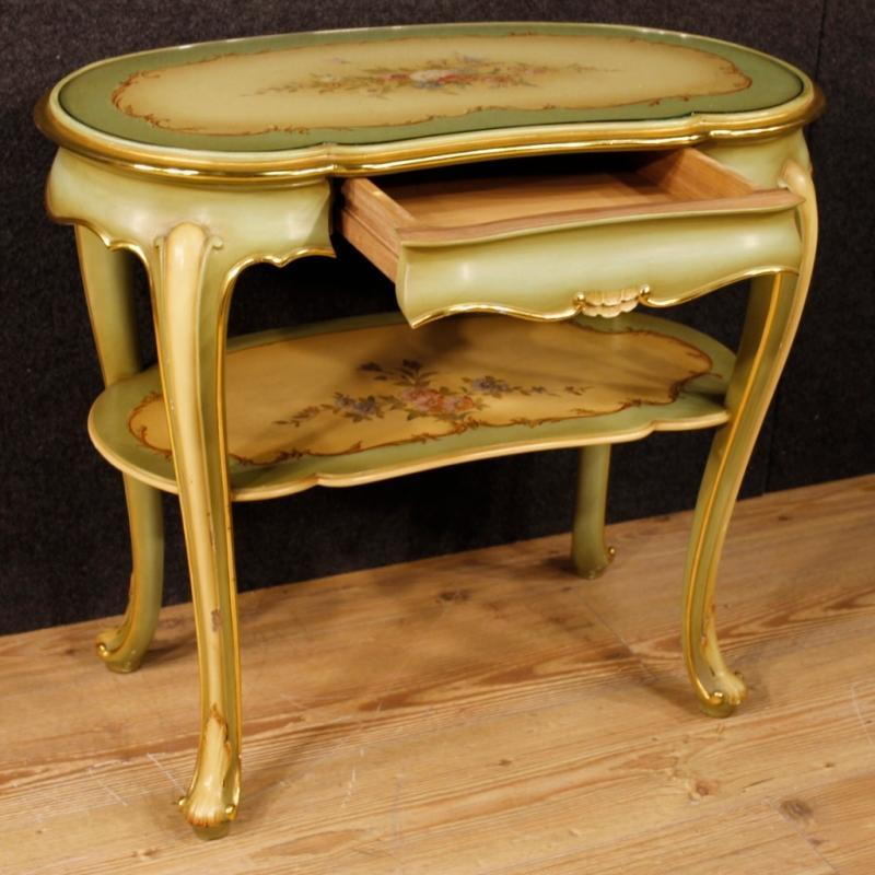20th Century Pair Of Italian Lacquered And Painted Bedside Tables