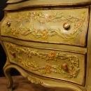 Venetian Chest Of Drawers In Lacquered And Gilt Wood From 20th Century
