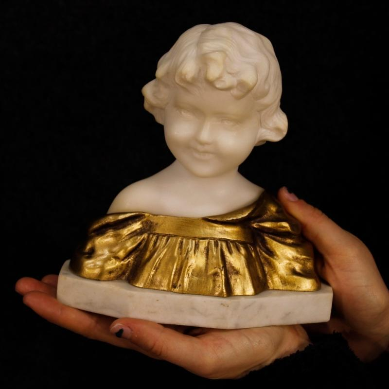 Belgian Child Bust Sculpture In Marble And Gilt Bronze Signed G. Van Vaerenbergh from 20th Century