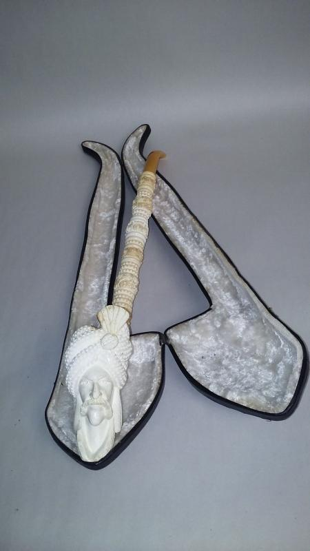 RARE Meerschaum Pipe Hand Carved Beautiful Decorative pipe