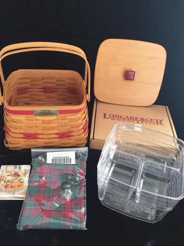Longaberger 2000 Deck The Halls Basket Set (Red)