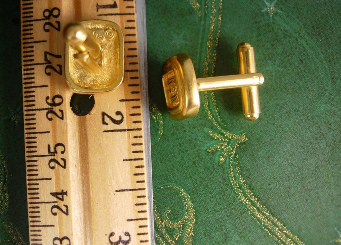 Carolee Cartouche Vintage Cufflinks Egyptian Revival Staff Decorative Unisex Cuff Accessory