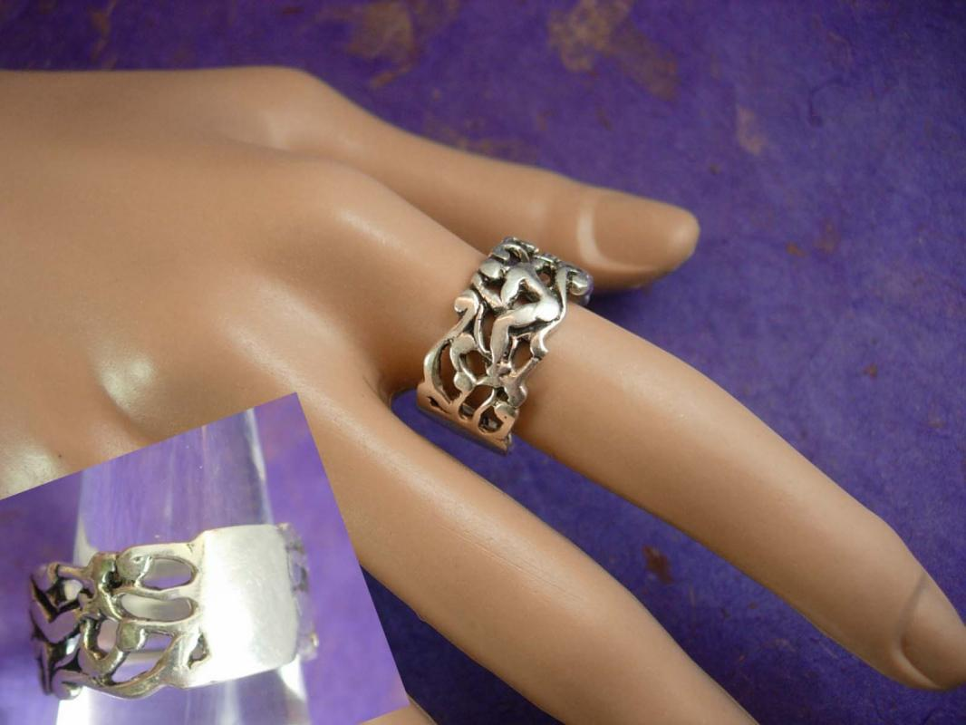 Erotica Silver Ring Vintage Sterling ring 7.3 grams nude ring naughty sex ring Size 9 3/4 Unisex Jewelry wedding band ladies womens jewelry