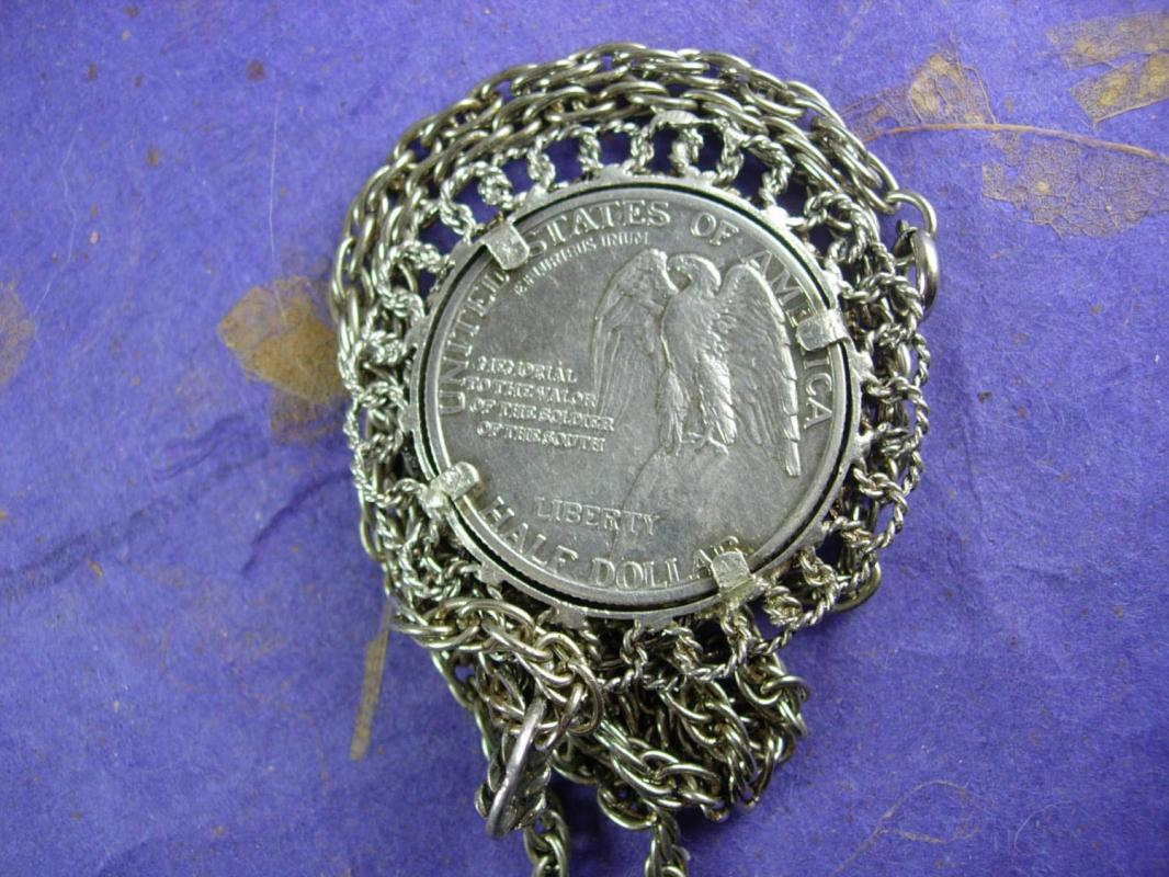 1925 Liberty Half dollar necklace Stone mountain Memory Valor to Soldiers of the South generals Lee and Jackson Civil War coin necklace