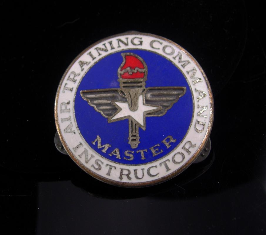 Air training command instructor badge / Vintage Air Force pin / Master instructor  / Military Vietnam  / aviation / pilot gift /