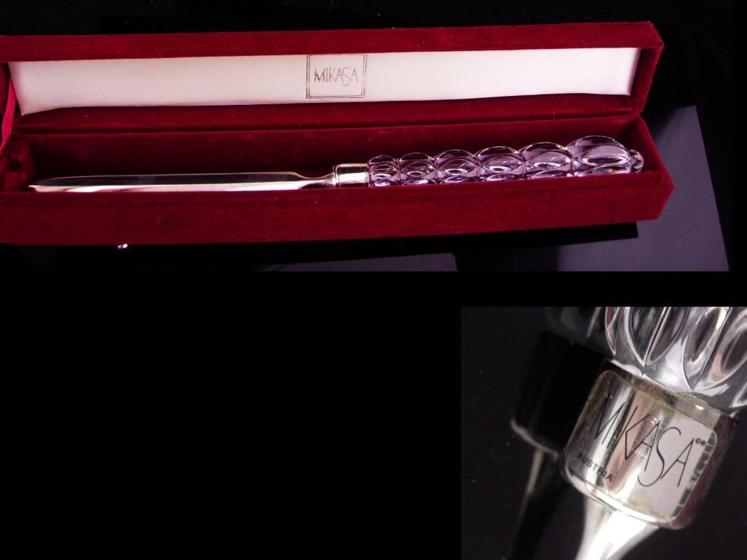 Glass Letter opener  / exquisite desk accessory / Gift for her / original velvet case / wedding gift / gift for boss