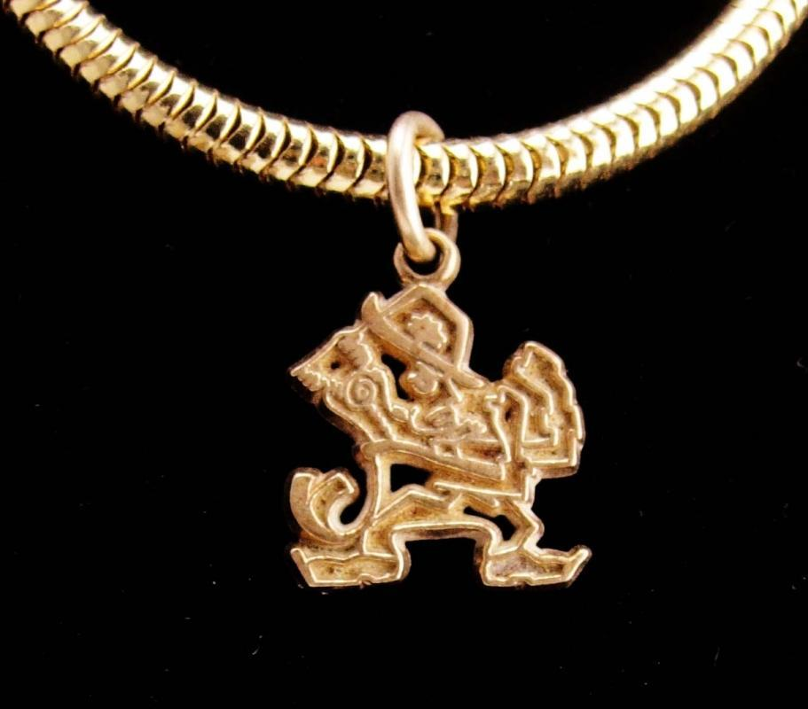 14kt gold Vintage Leprechaun charm / St.Patricks Day /  fighting Irish necklace / Notre dame pendant / good luck gift / mens womens necklace