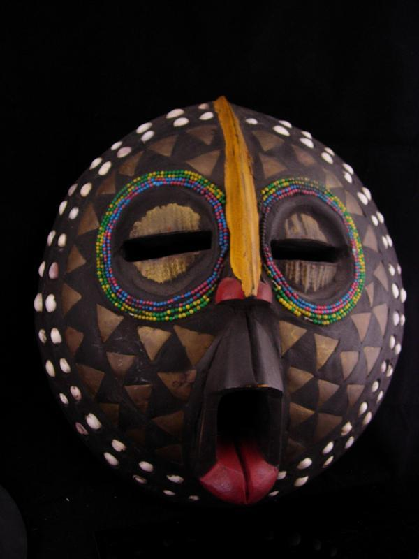 FULL SIZE Bird Mask / vintage wall hanging / creepy hand carved tribal mask / wall hanging / wood bird mask with tongue / african art