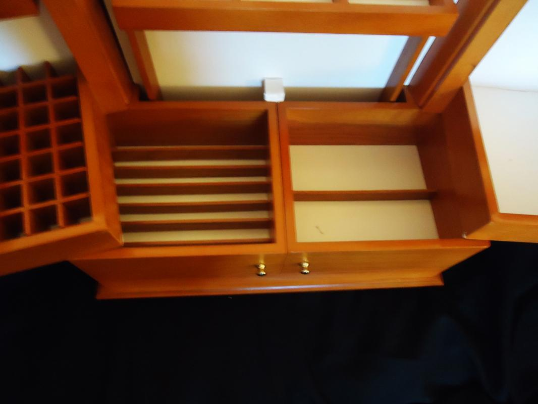 Huge Cosmetic organizer / wood case / Lori Greiner / never used / maple color / vanity accessory / gift for her danish modern design 16x12x8