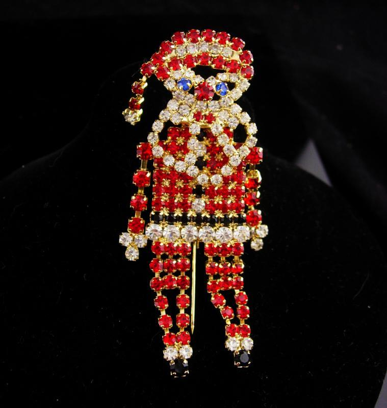 Large jointed santa brooch / Vintage Santa pin / rhinestone Christmas pin /like a  trembler / gift for her / december birthday