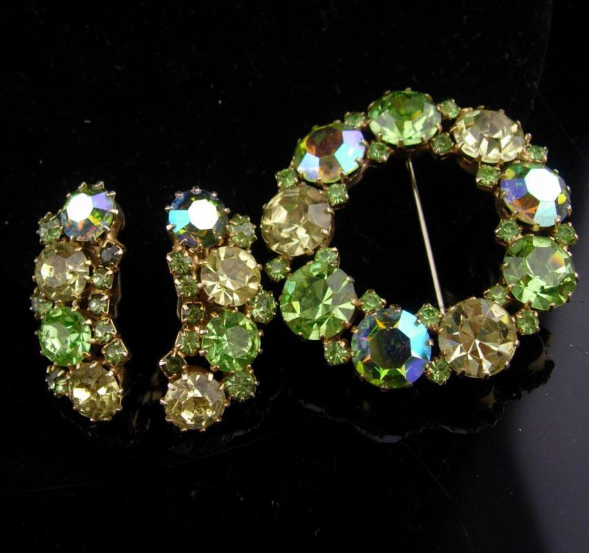 Karu Rhinestone set / green peridot aurora borealis Brooch / vintage clip on earrings / wedding jewelry / mother of bride gift / irish gift