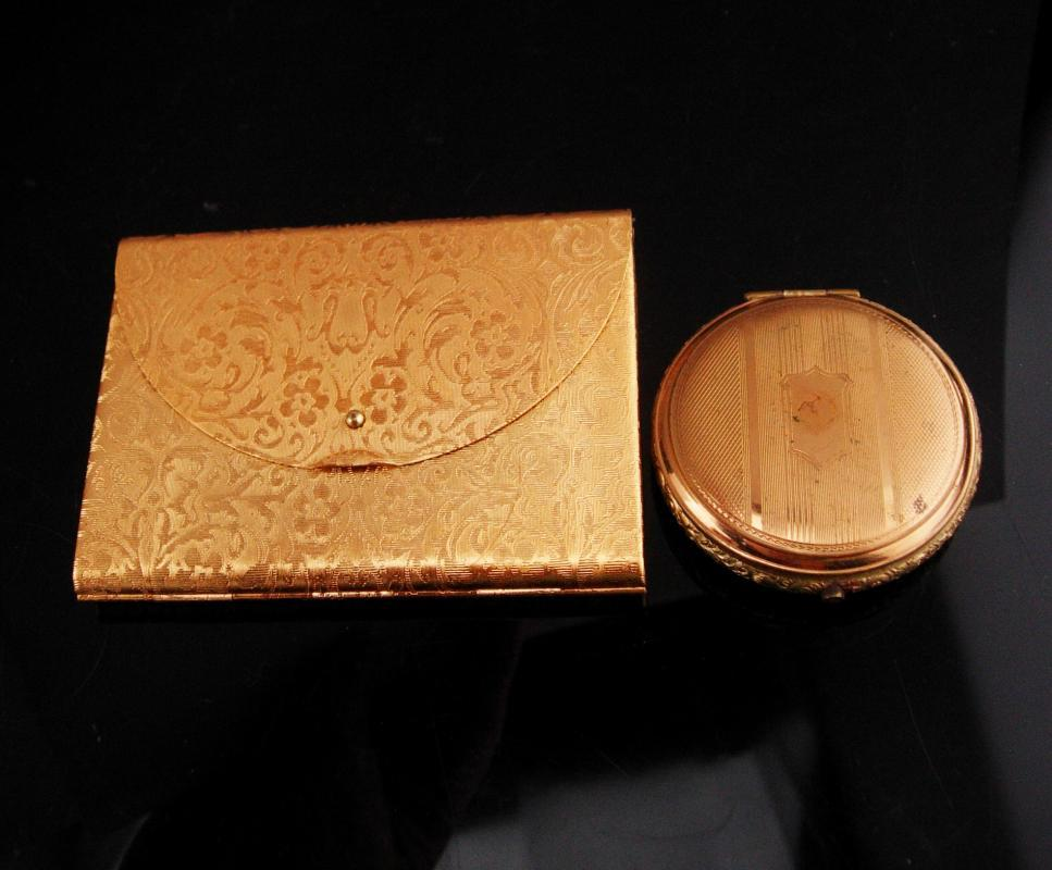 Vintage Art Deco Compact lot / Two compacts / elgina round compact / Coty envelope shape hinged compact / 25 cent refills