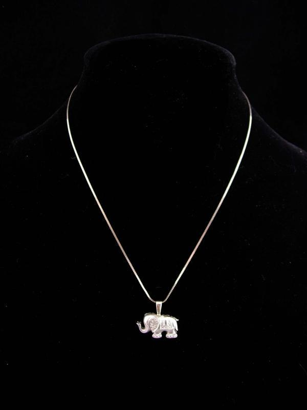 White Gold  Elephant / 18Kt Elephant BROOCH Pendant / vintage Diamond Charm  / Good Luck ELEPHANT / Republican gift  / k18 Circus animal