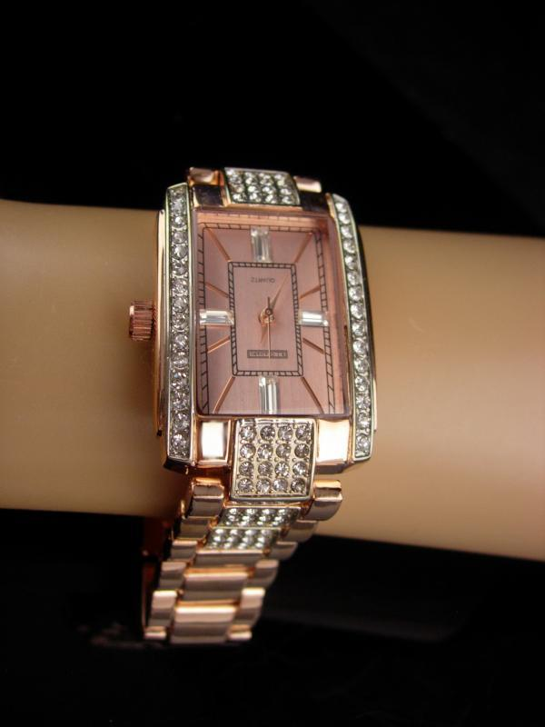 Rhinestone watch / rose gold plate band / mens womens bracelet watch / works great / baguette face / 8
