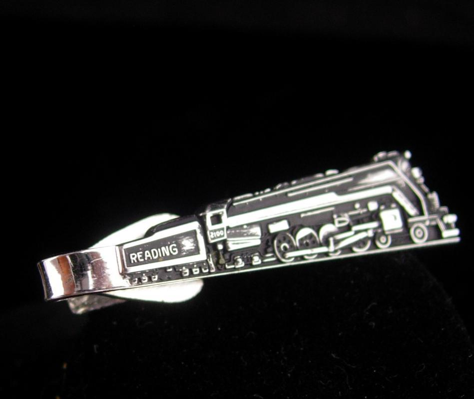 Reading Railroad / Vintage Train tieclip / Vintage Engineer gift / Robbins company / silver Locomotive / engineer gift / fathers day gift