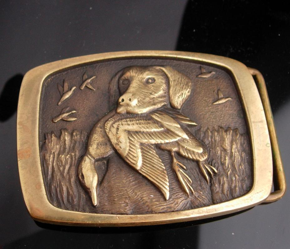 Vintage Dog  BUCKLE / golden retriever / Hunting dog / Pointer Spaniel / animal lover / brass duck buckle /  mens cool hunter made in usa