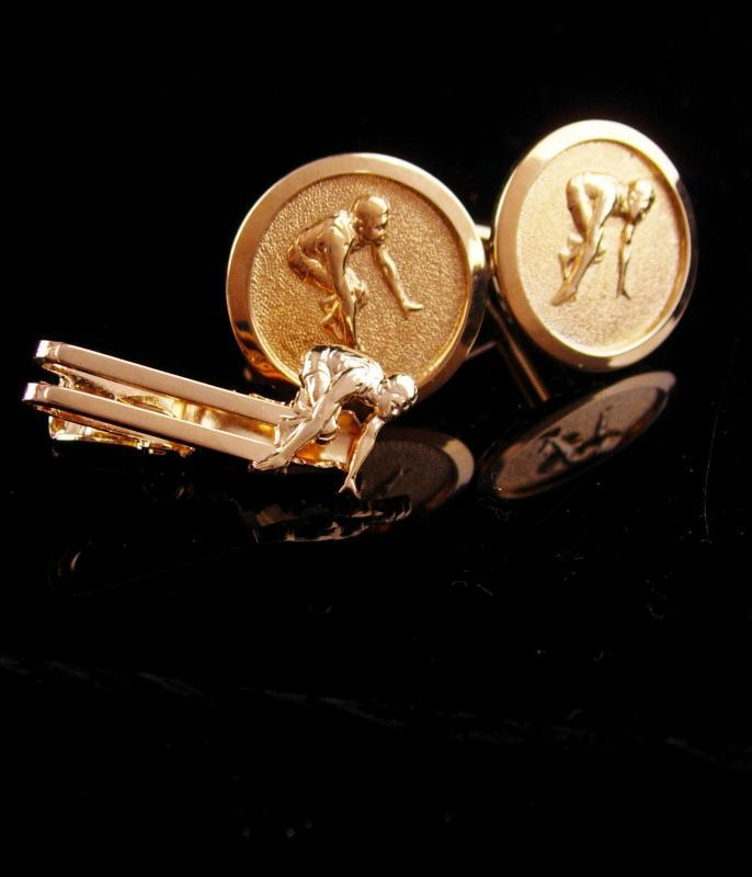Vintage Marathon cufflinks / runner tie clip / Sports gift  / Athletic set / gold track cufflinks / Cross country gift / sprinter cufflinks