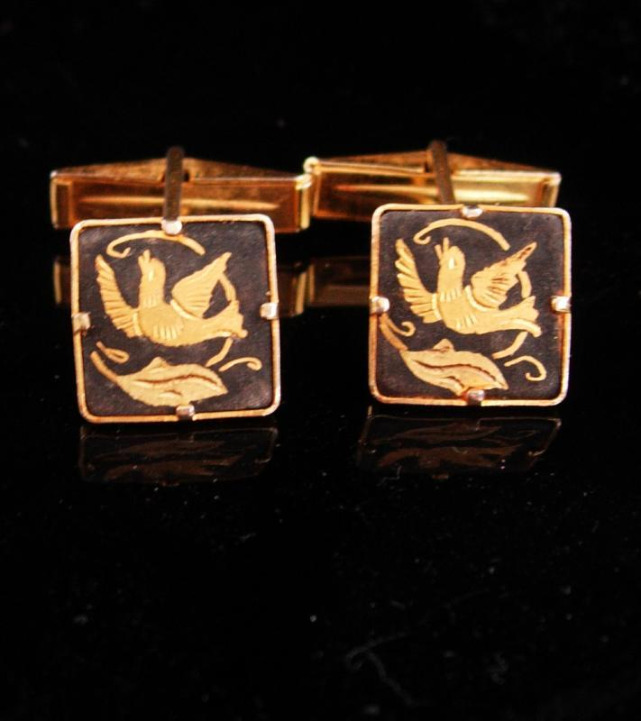 Love bird cufflinks / Wedding Dove set / Elegant Victorian Damascene set / Men's 24kt gold kilates / mourning bird / groom gift / tuxedo set