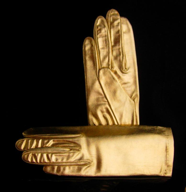 Vintage Gold Lame Gloves / Broadway music entertainer / Prom Ball Room Dancing / Size small / shiny gold never worn / vintage accessory