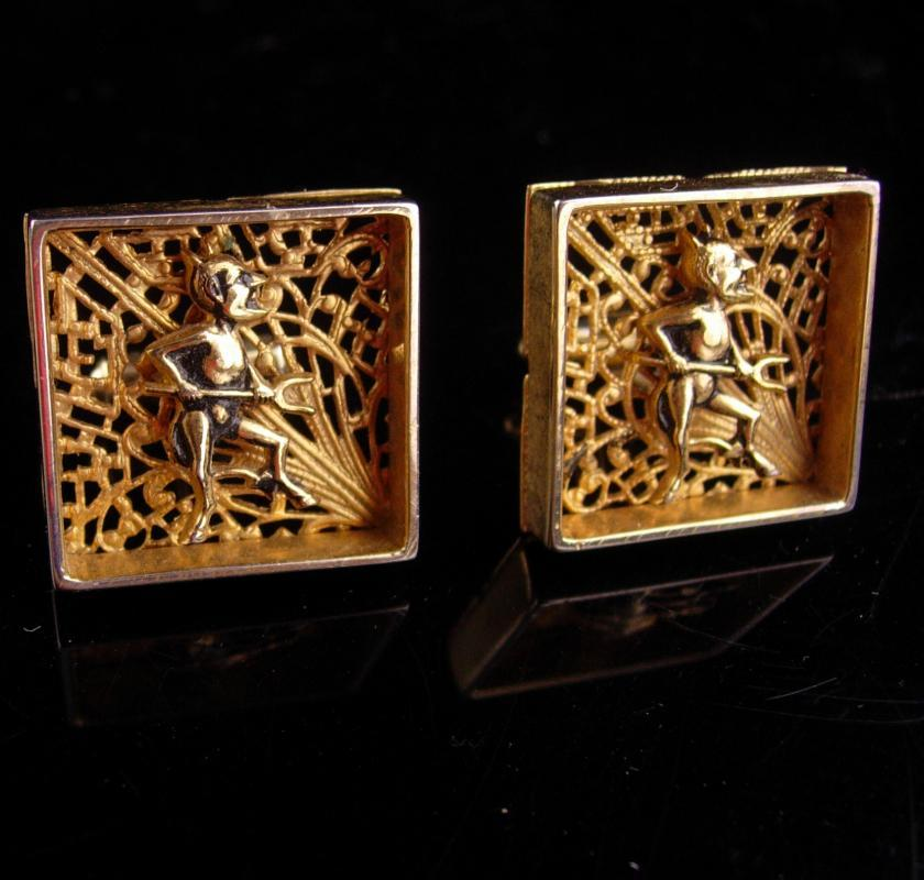 Vintage Devil Cufflinks / unusual gold filigree / demon satan / grotesque figural with horns /  gold mens cuff links novelty  memento mori