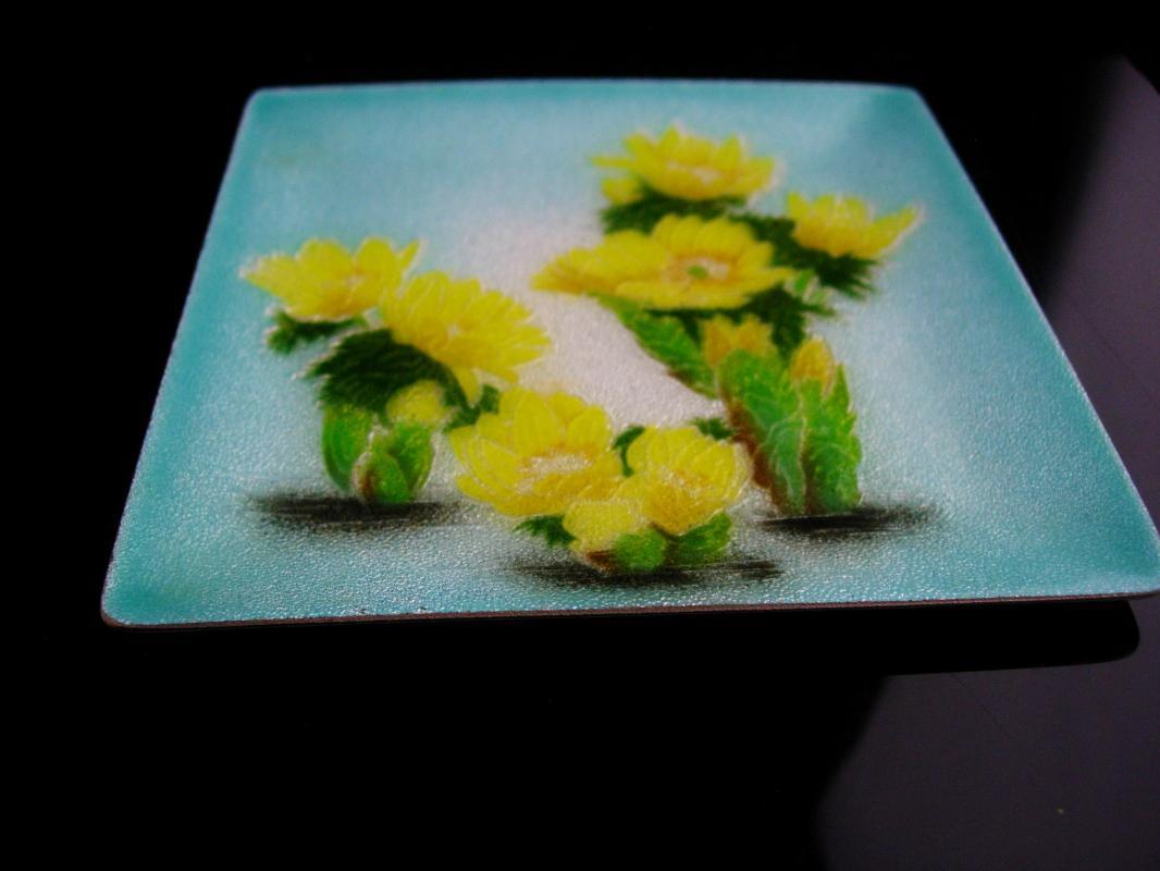 Mid century modern Tray / Enamel copper Trinket tray / yellow daisy trinket dish 4 1/2