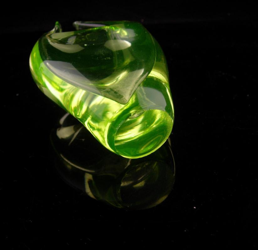 Gorgeous vaseline glass scultpure - art Glassware - modernist paperweight - neon yellow color - miniature 5