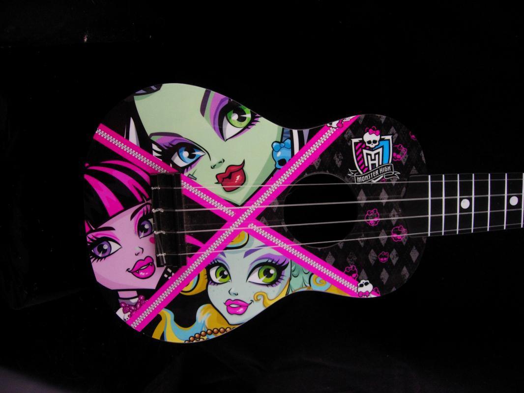 Monster High Guitar - 30