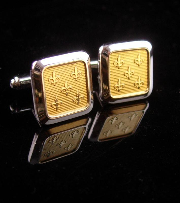 Vintage Hickok Fleur de lis cufflinks - rennaissance medieval set - knight flower  mens gold estate jewelry knight shining armor wedding set