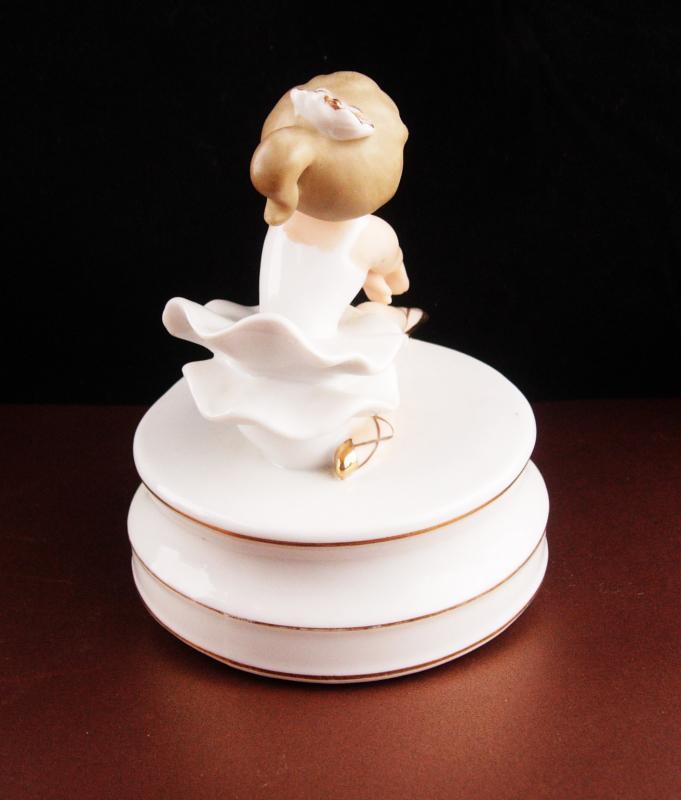 Vintage Ballerina music box - bisque figurine - Schmid Brothers - swan lake music box - Porcelain statue - ballet girl - made in Japan