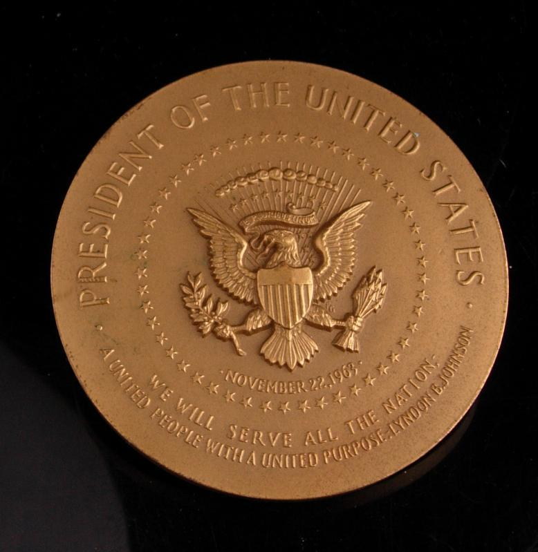 1963 Lyndon B Johnson Medal - huge Medallion - Inauguration Bronze paperweight