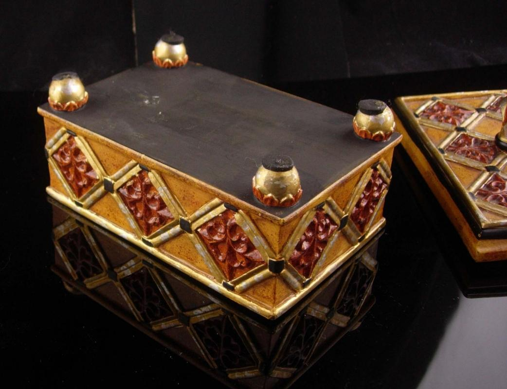 Medieval Box - Fleur de lis top - Vintage renaissance trinket box - footed Jewelry wood case - ornate heavy box