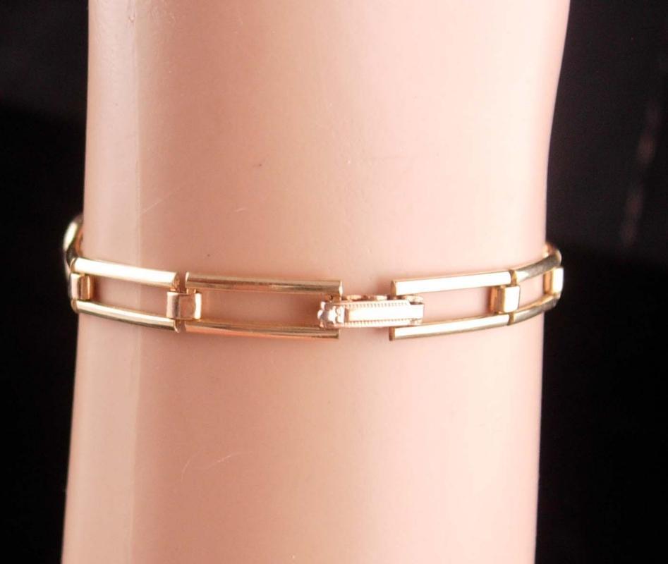 Art Deco Amethyst bracelet - Antique Simmons gold filled link - February Birthday - Purple birthstone - aquarius gift