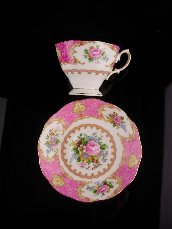 Pink Royal Albert teacup - Vintage Rococco style - Lady Carlyle - gift for mom - pink rose saucer cup - Fine bone china / mother of the bride gift