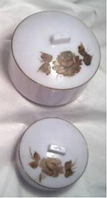Vanity Item(s)/Pale Blue/Round Plastic Powder/Trinket Boxes