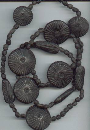 Necklace/?Stone/Primatively Carved Style