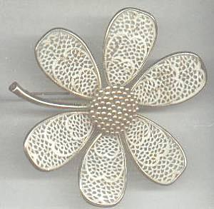 Brooch/Designer/Pastelli/Floral GT W/White Enamaling