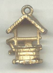Charm(s)/Goldtone Wishing Well