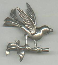 Brooch/Unsigned Sterling Bird Figural