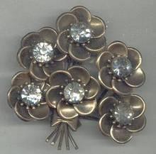 Fur Clip/1930's Huge Floral W/Huge Cleasr R/S