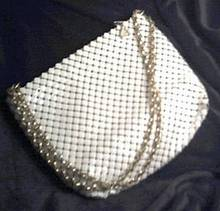 Purse/Whiting&Davis/White Shoulder Bag W/Gold Chain