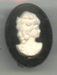 Brooch/Pin/Small Pastic Cameo/Black With White Lady Profile