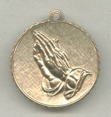 Religious/Pendent/Charm GT Praying Hands/Serinity Prayer