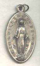Religious/Mother Mary Medal W/Chinese Characters