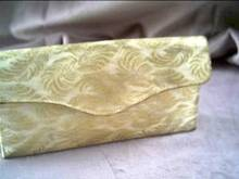 Purse/Evening/Clutch/Cream Fabric W/Gold Thread Leaves