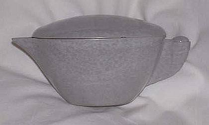 Kitchenwre/Gray Melmac Lidded Creamer