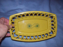 Kitchenware/Burger Basket/Yellow Plastic