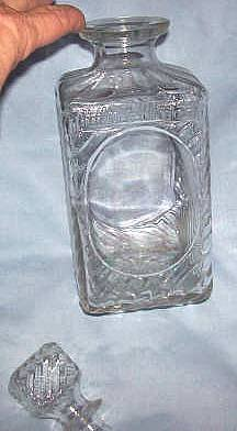 Glass/Old Mr. Boston Liquor Decanter Square With Molded Swirls