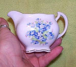 Porcelain Schumann Auzberg Germany Creamer