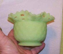 Glass/Fenton 1970's Small Green Custard Glass Vase