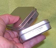 Smoking Item/2 Zippo Tins